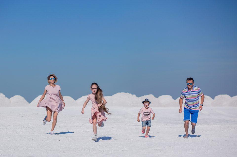 ŠEIMA | Šeimos fotosesija kvapą gniaužiančioje vietoje