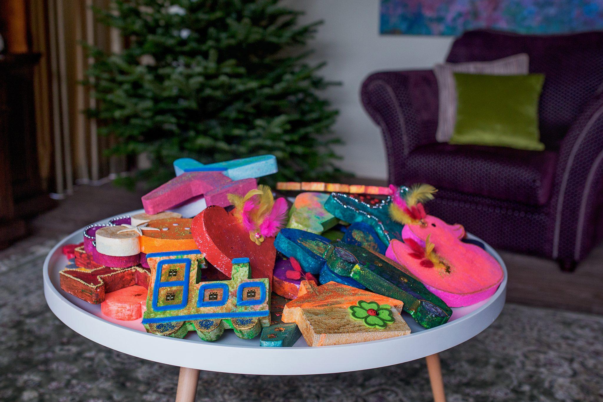 Kalėdiniai žaisliukai eglutės papuošimui